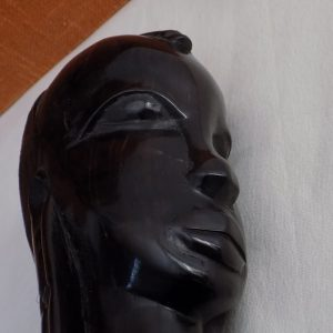 Statuette – Portrait en ébène massif